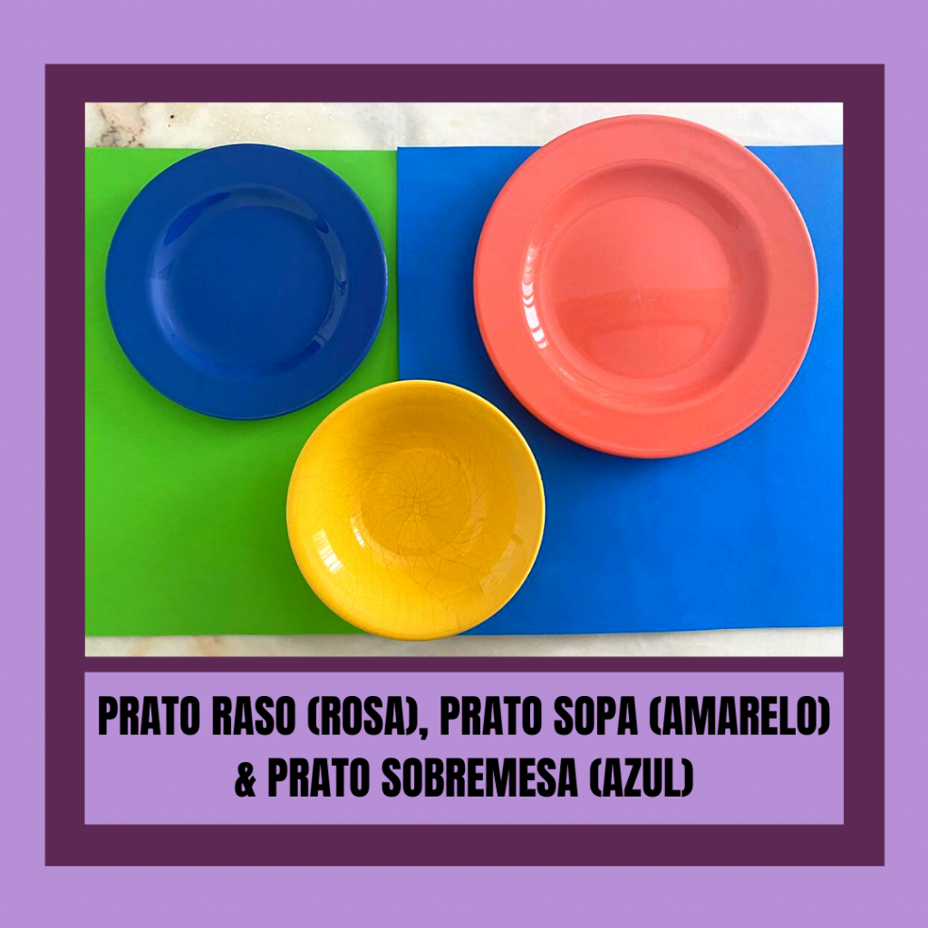 Prato raso de cor rosa, prato de sopa amarelo, prato sobremesa azul.